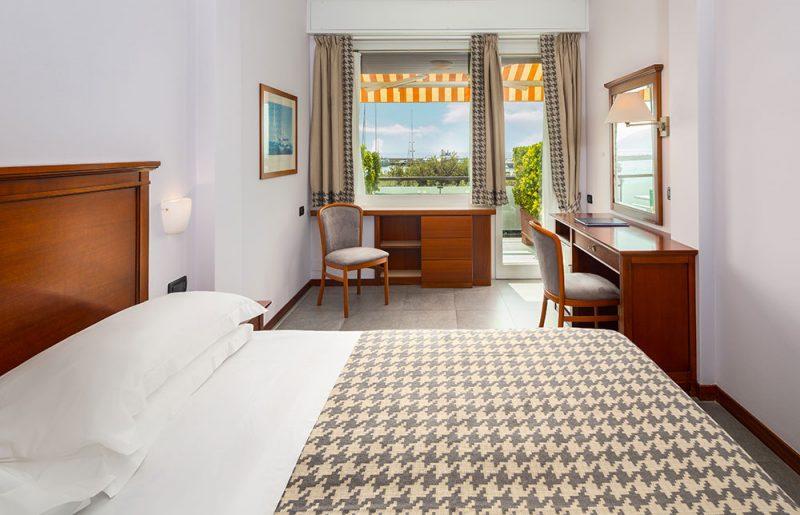 hotel santa margherita ligure camera doppia matrimoniale con vista mare e balcone