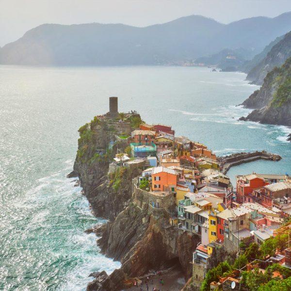 vernazza-village-cinque-terre-liguria-italy